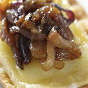 Cebolla Caramelizada con <br/>Queso de Cabra